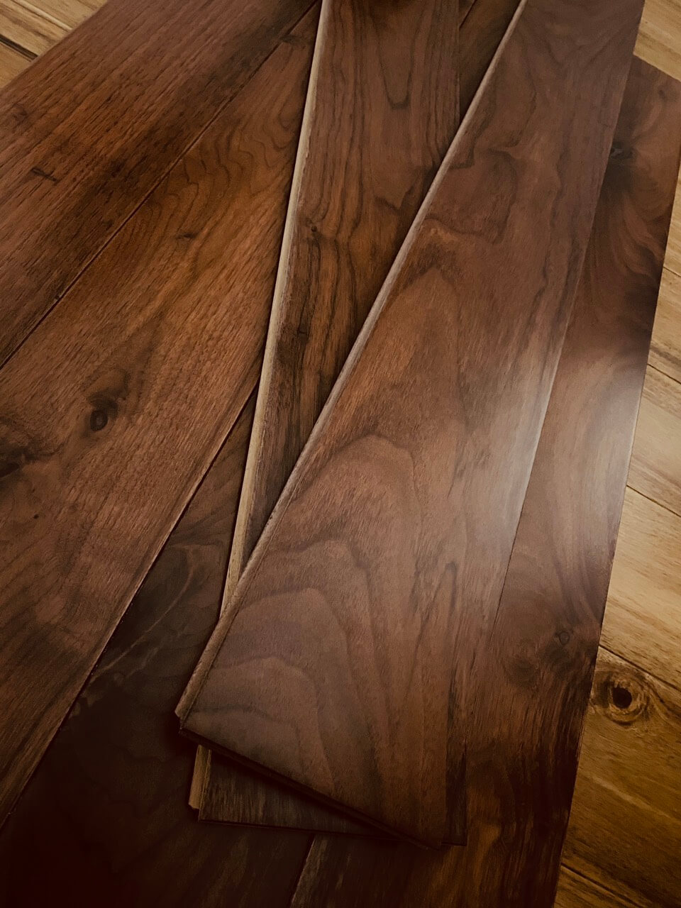 Sàn gỗ walnut kỹ thuật