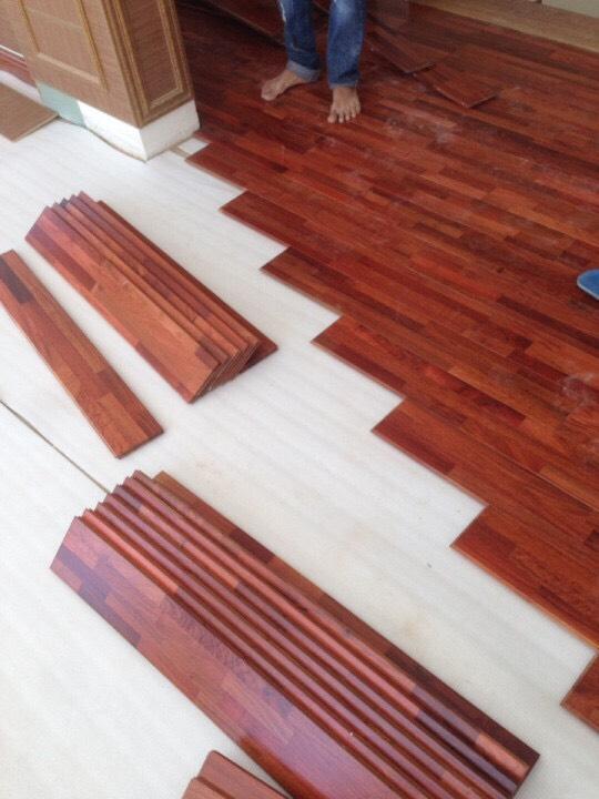 sàn gỗ hương ghép